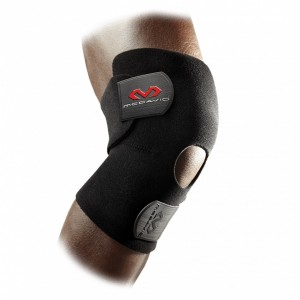 ADJUSTABLE KNEE WRAP WITH OPEN PATELLA